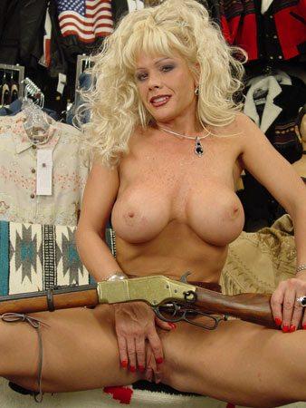 Air_Force_Amy_Guns_n_Rope_3